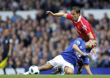 Gary Neville dit stop