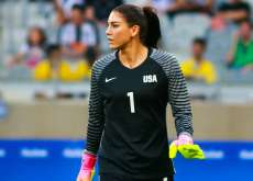 Hope Solo accuse Sepp Blatter d'agression sexuelle