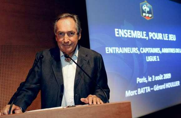Houllier tacle Domenech
