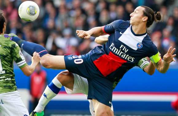 Ibrahimovic commente ses gestes fous