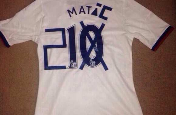 Il recycle son maillot