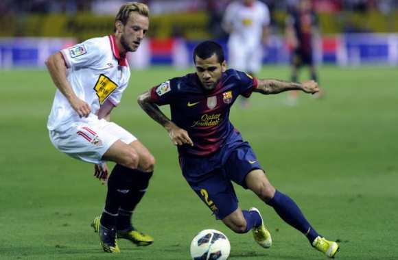 Ivan Rakitic et Dani Alves