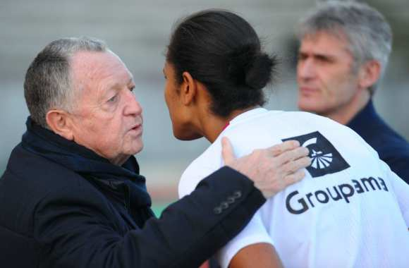 Aulas a puni les supporters sexistes — OL
