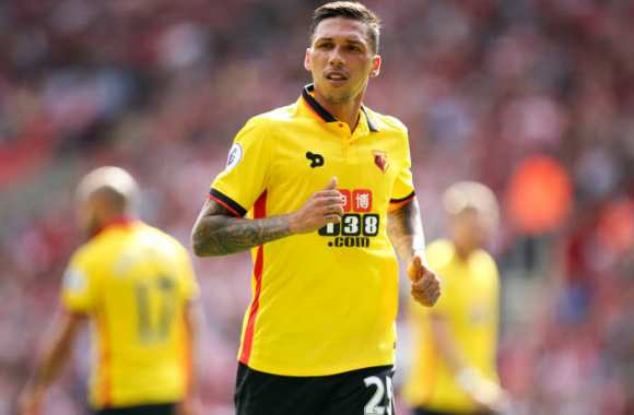 Jose Holebas.