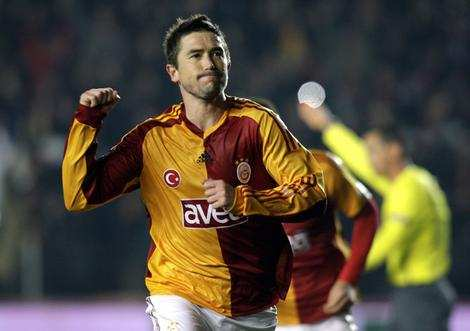 Kewell un an de plus à Galatasaray