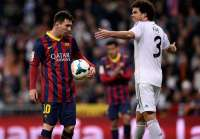 Lionel Messi (FC Barcelone) et Pepe (Real Madrid)