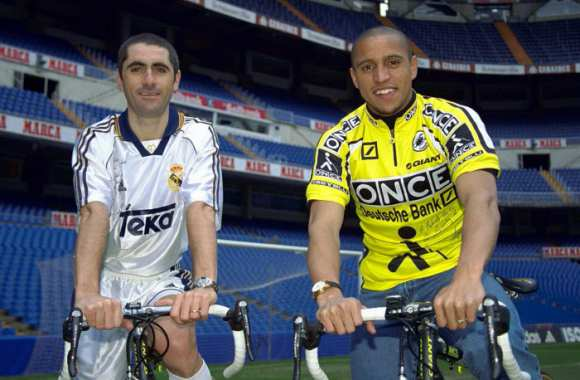 Laurent Jalabert et Roberto Carlos. Normal.