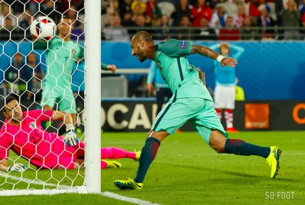 Le Portugal couche la Croatie