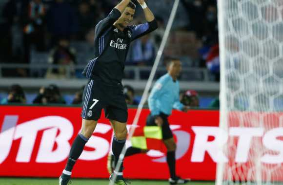 Le Real triple la mise au Japon