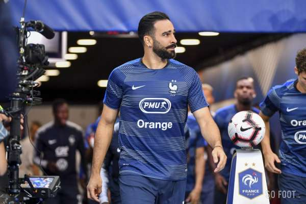 les allers retours marseille paris d adil rami ligue 1 france. Black Bedroom Furniture Sets. Home Design Ideas