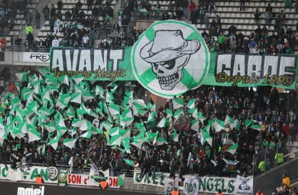 Les Magic Fans de Saint-Etienne (crédit :http://www.furania-photos.fr)