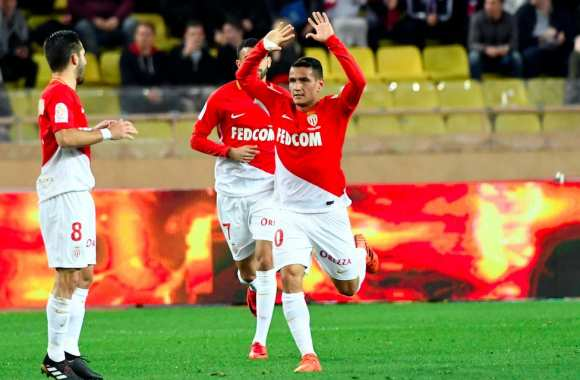 Les notes de Monaco contre Paris