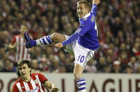 Lewis Holtby (Schalke Null Vier)
