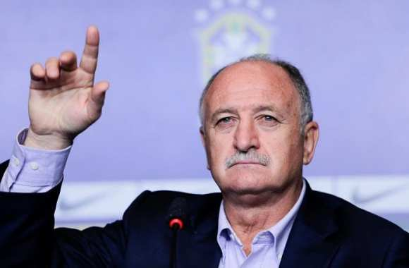 Luiz Felipe Scolari a une question