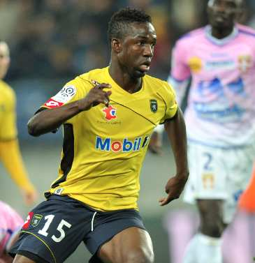 Maiga file à Newcastle