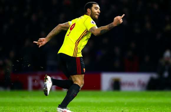 Majeurs en l'air pour Troy Deeney