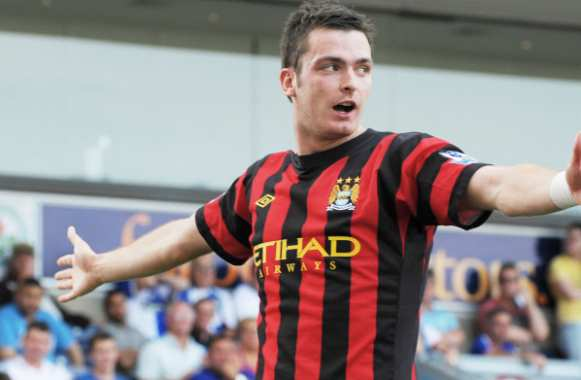 Manchester United sur Adam Johnson