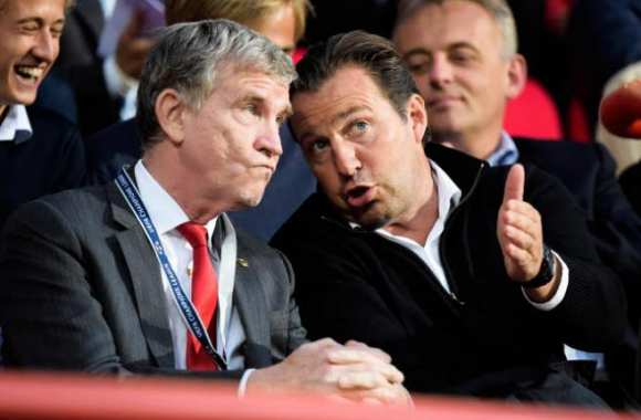 Marc Wilmots, en discussion avec Roland Duchatelet
