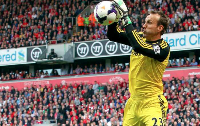 Mark Schwarzer quitte Chelsea pour Leicester