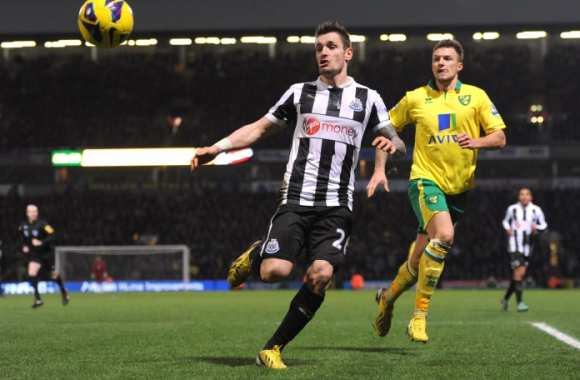 Mathieu Debuchy (Newcastle)
