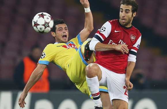 Mathieu Flamini (Arsenal) vs Blerim Dzemaili (Naples)