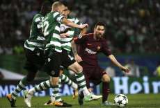 Messi chambré par les supporters du Sporting