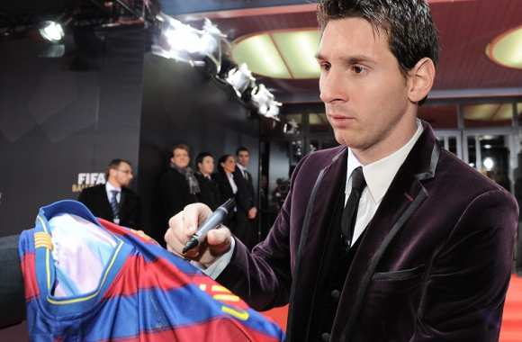 Messi gagne aussi sur Playstation