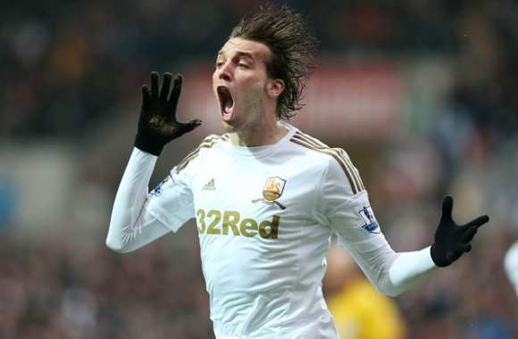 Michu prolonge à Swansea