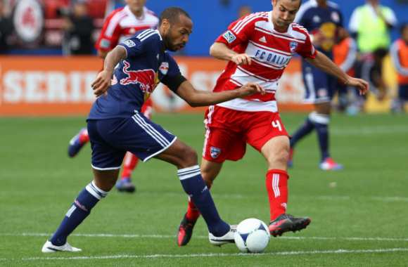 MLS : Henry out un mois