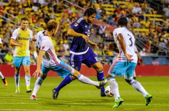 MLS : Kaká plus fort que Drogba