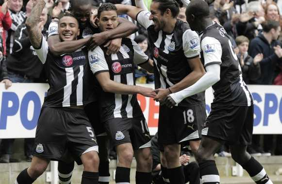 Newcastle s'invite en Champions League