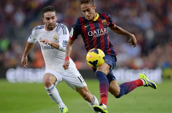 Neymar (Barça) poursuivi par Daniel Carvajal (Real Madrid)