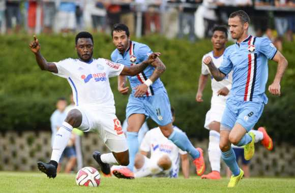 Nkoulou, crampons sobres