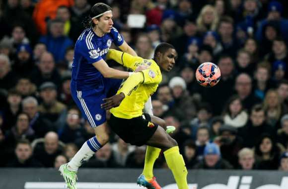 Odion Ighalo face à Filipe Luis