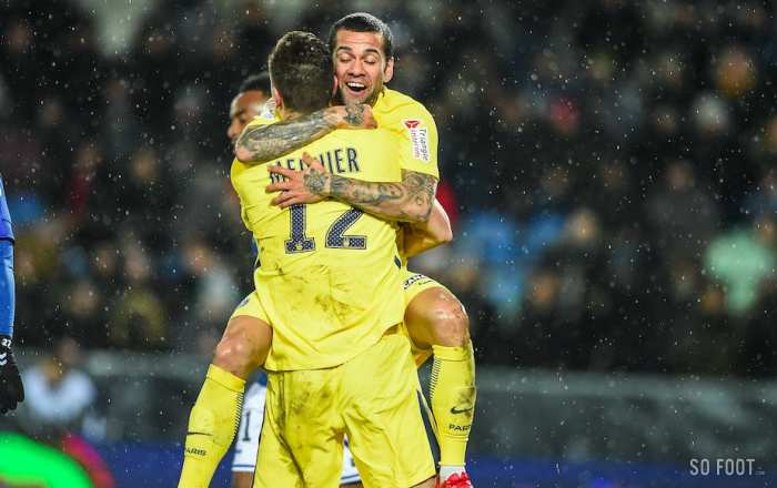 Paris assure sa qualification, Lyon tombe