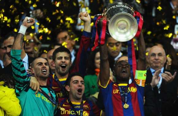 Photo: Abidal et la Coupe