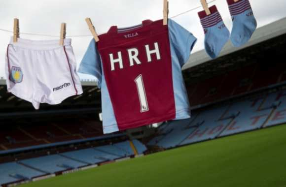 Photo : Aston Villa accueille le Royal baby