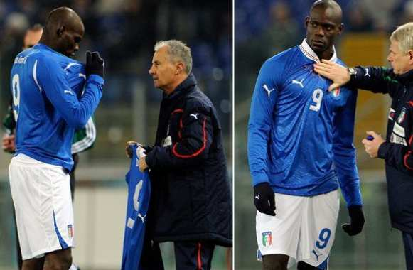 Photo : Balotelli se trompe de maillot