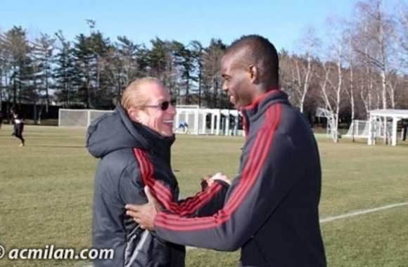 Photo: Berlusconi et Balotelli réconciliés