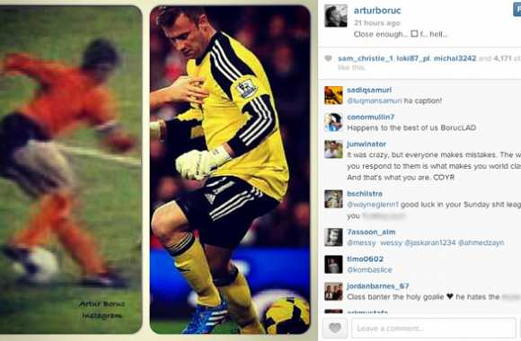 Photo: Boruc se compare à Cruyff