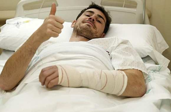Photo : Casillas à l'hôpital