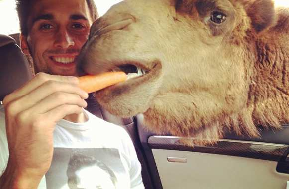 Photo : ce chameau d'Arbeloa
