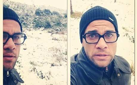 Photo: Dani Alves adore la neige