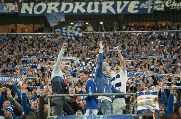 Photo : Huntelaar dans le virage