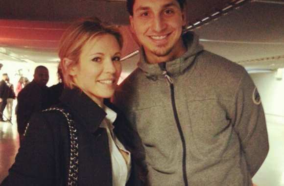 Photo: Ibra tape la pose avec Lorie