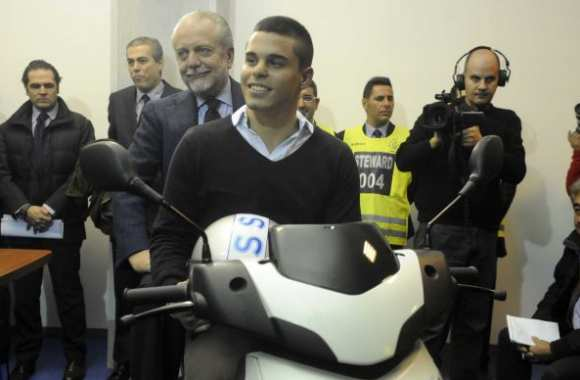Photo : Il gagne un scooter