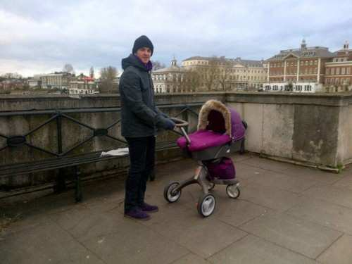 Photo : Joey Barton et sa poussette