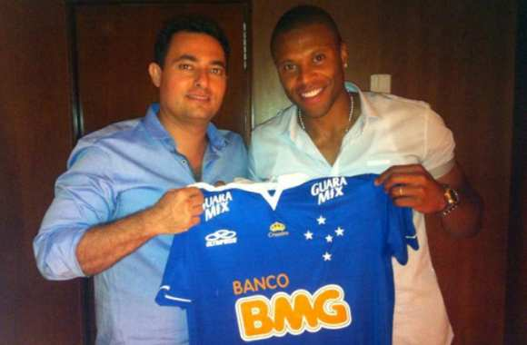 Photo : Julio Baptista rentre au bercail