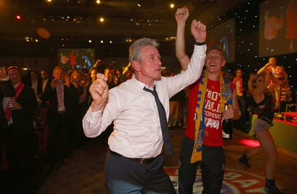 Photo : Jupp Heynckes sur le dancefloor