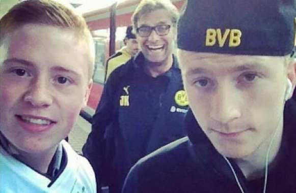 Photo : Klopp, roi du photobombing